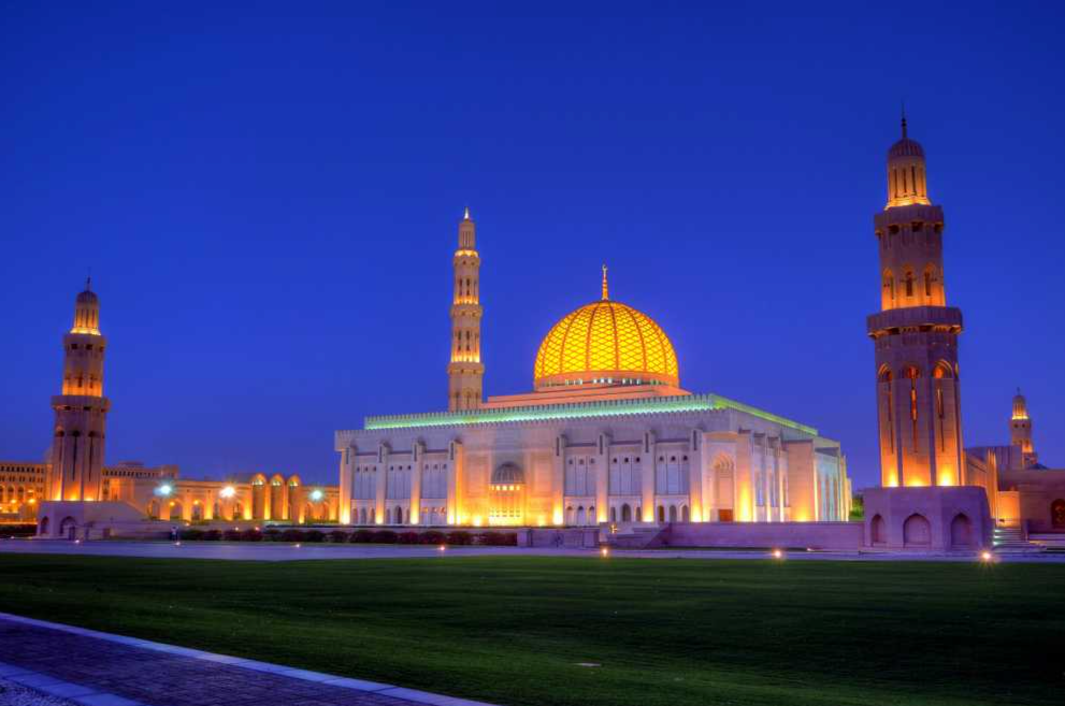 grand_mosque_muscat_sultan_qaboos_grand_mosque